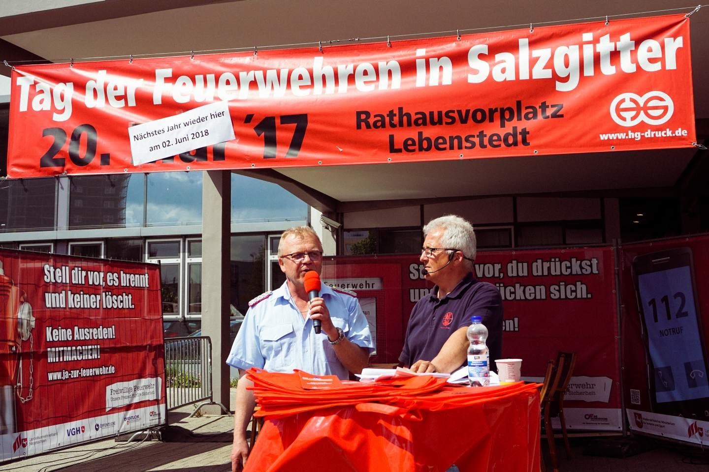 Tag Salzgitter Lebenstedt : tag der feuerwehren 2017 in salzgitter lebenstedt feuerwehr salzgitter ~ Watch28wear.com Haus und Dekorationen